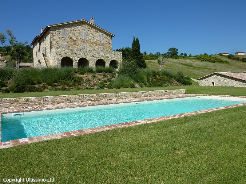 The San Vittorino swimming pool, grounds and villa