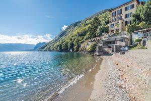 Lake front Lake Como villa